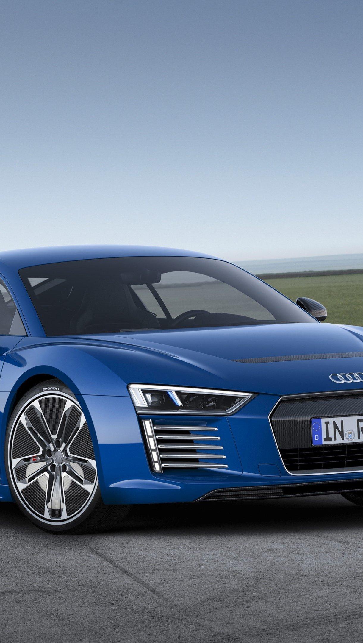 Fondos de pantalla Audi R8 E Tron Azul de lado Vertical