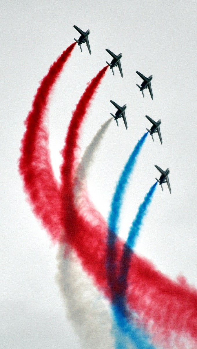 Wallpaper Aviation in France Vertical