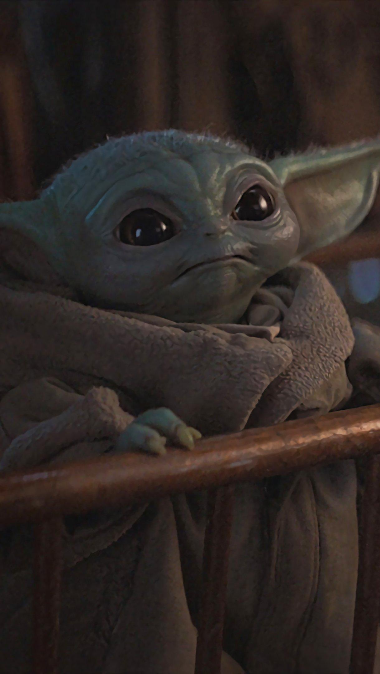 Fondos de pantalla Baby Yoda en El Mandaloriano Vertical
