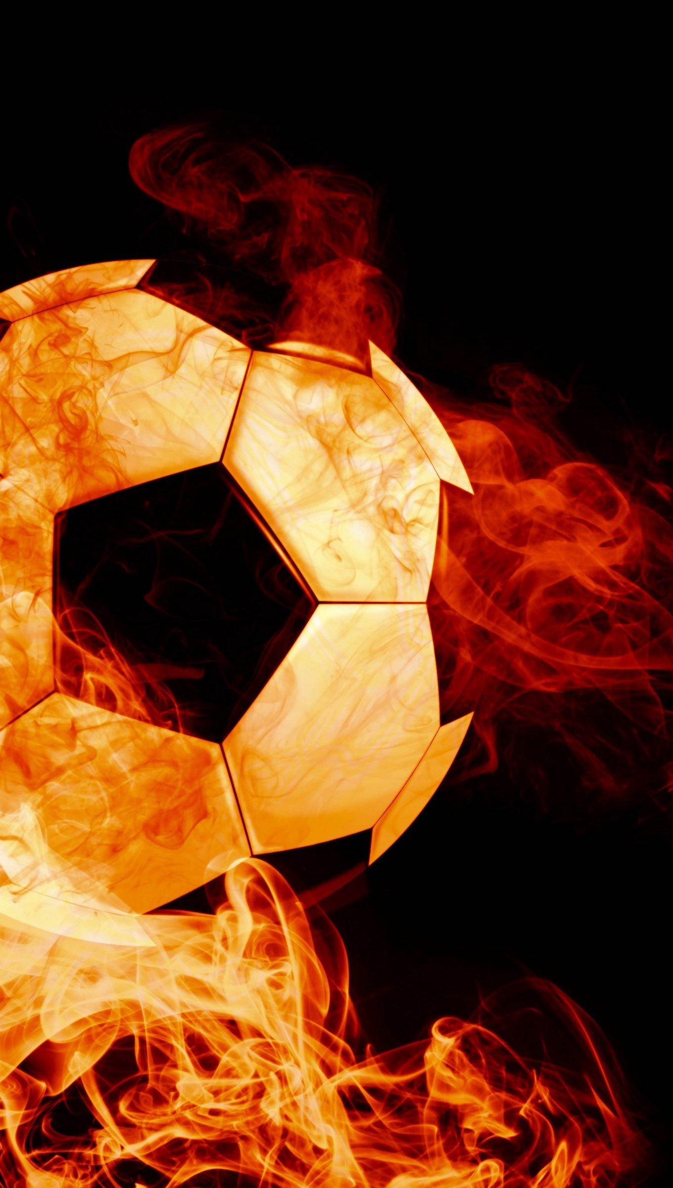 Fondos de pantalla Balon de futbol en fuego Vertical
