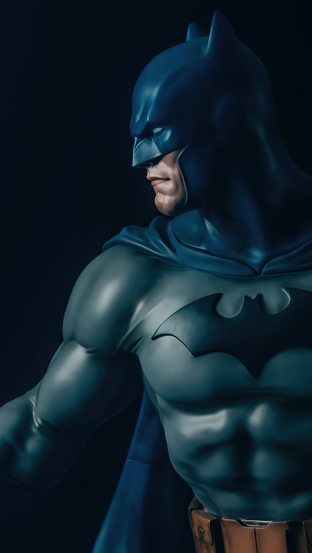 Wallpaper Batman on the side Vertical
