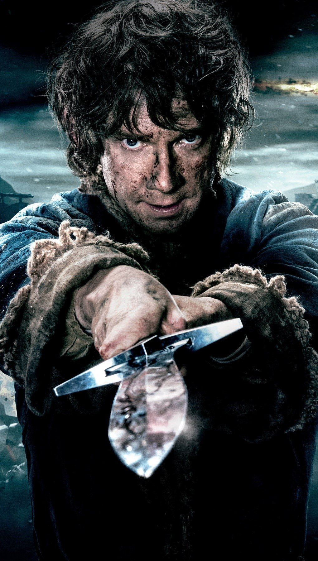 Wallpaper Bilbo with a sword Vertical
