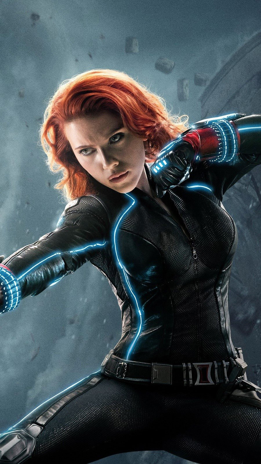 Wallpaper Black Widow in Avengers Vertical