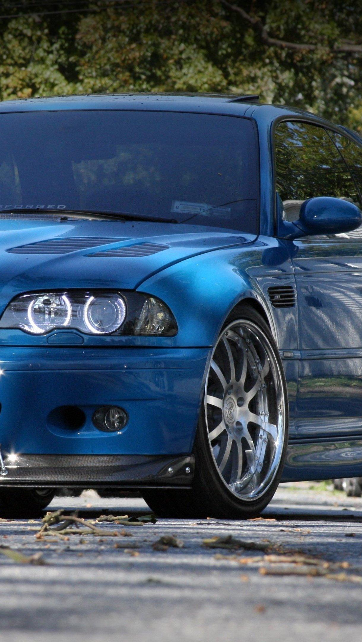 Wallpaper BMW M3 E46 blue front Vertical