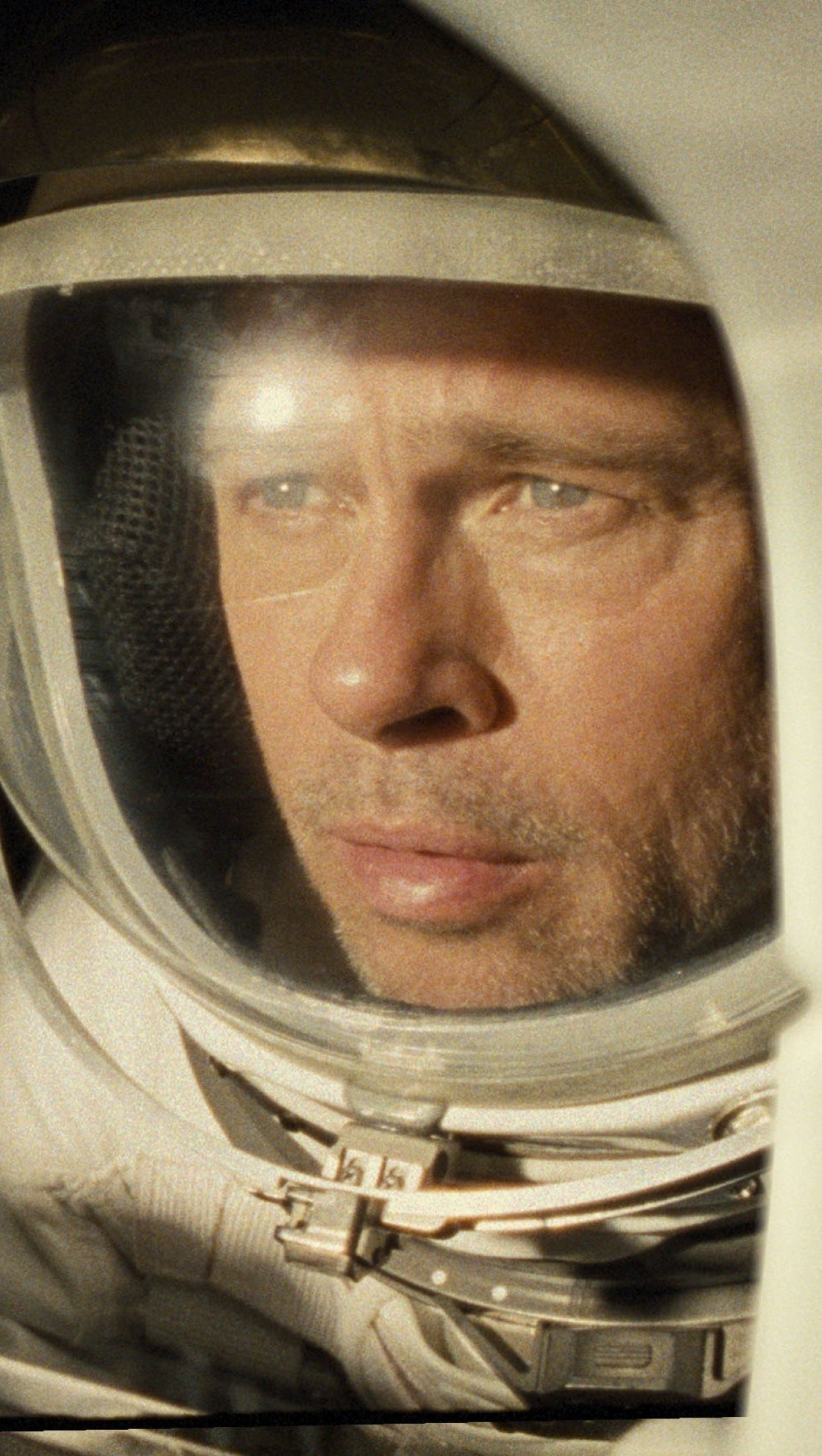 Wallpaper Brad Pitt in space ship for Ad Astra Vertical