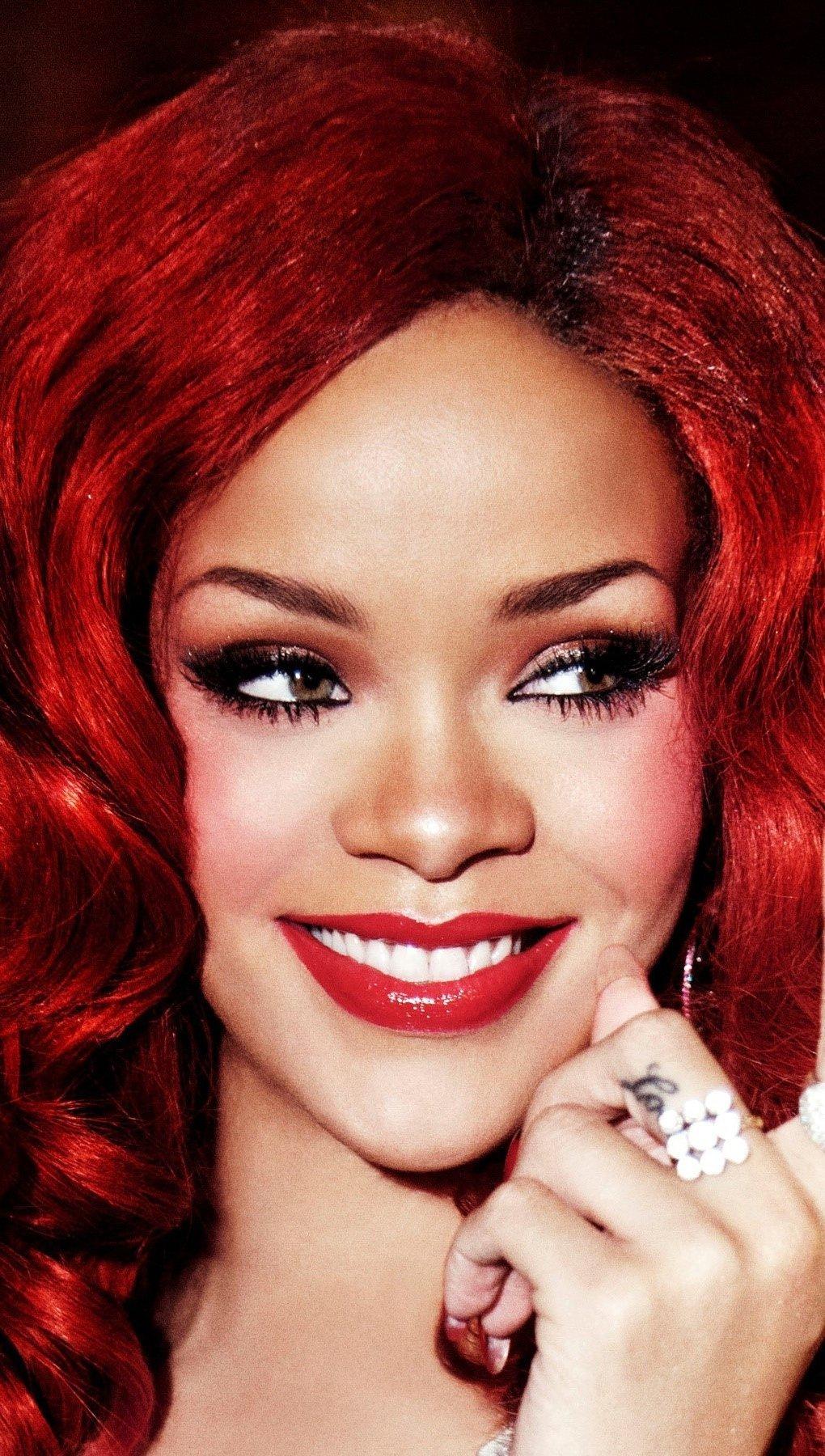 Wallpaper Singer Rihanna Vertical