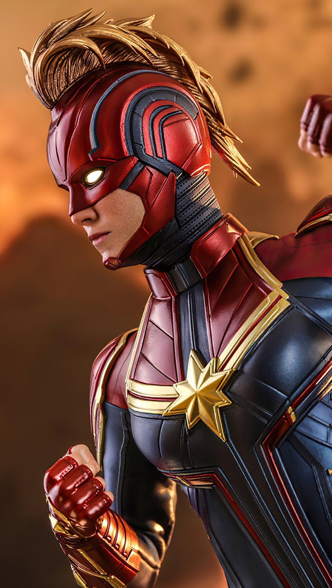 Wallpaper Captain Marvel 2020 Vertical