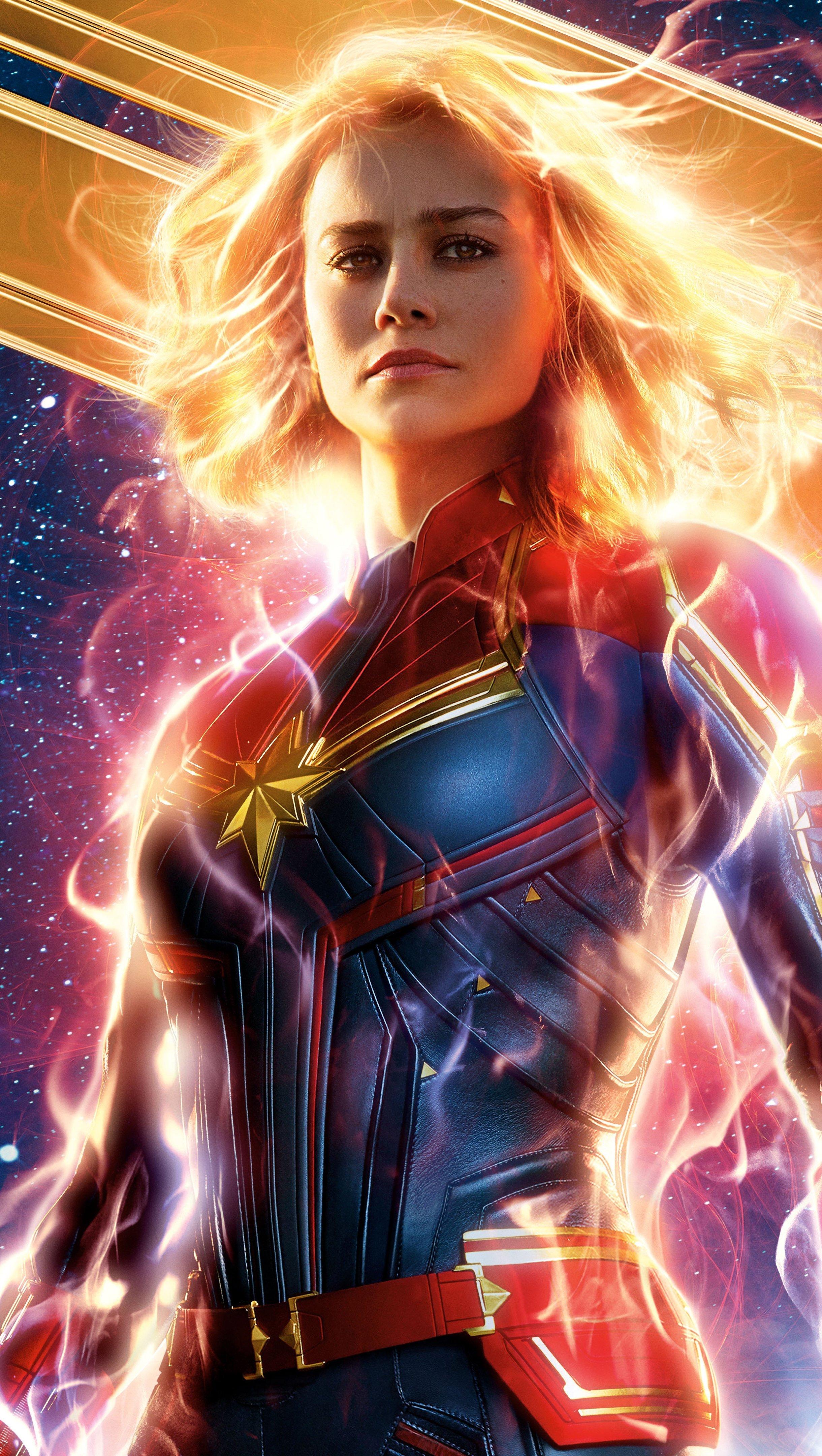 Wallpaper Captain Marvel Vertical