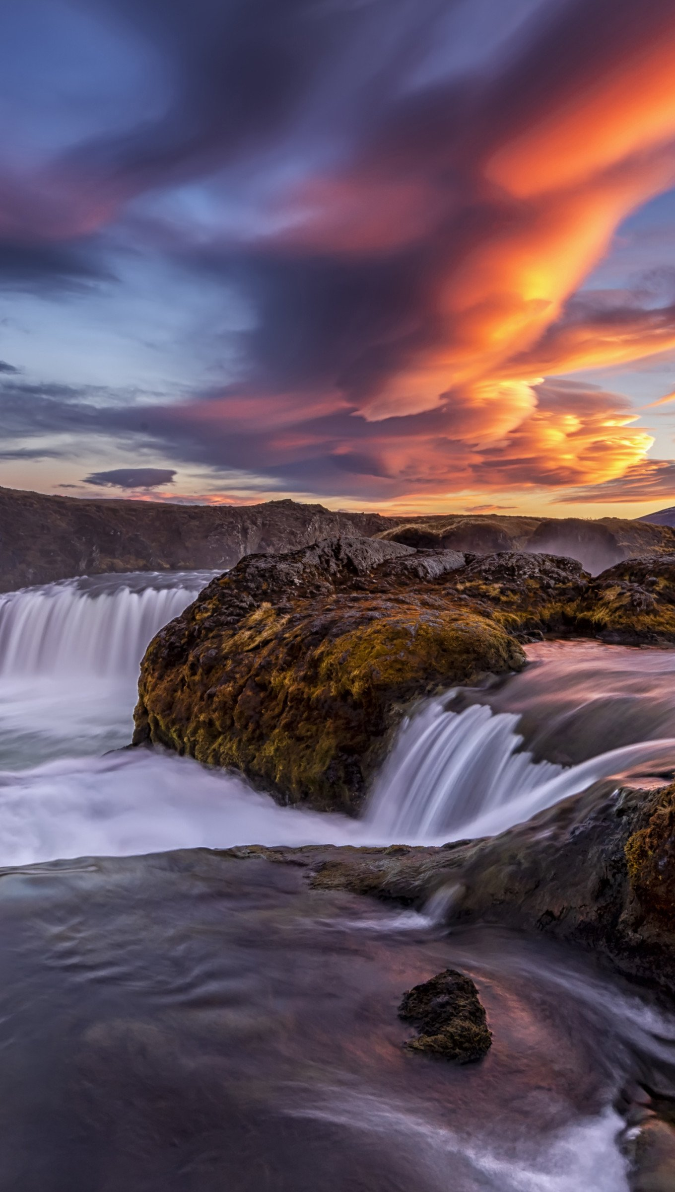 Wallpaper Waterfall in river in Iceland at sunset Vertical