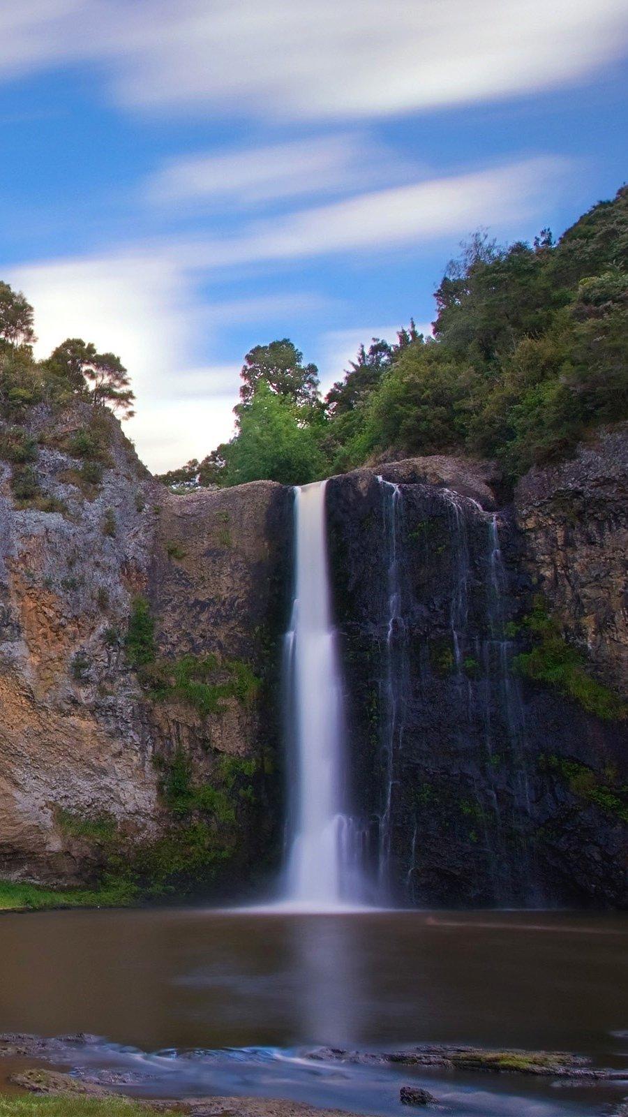 Wallpaper Hunua Waterfalls in New Zealand Vertical