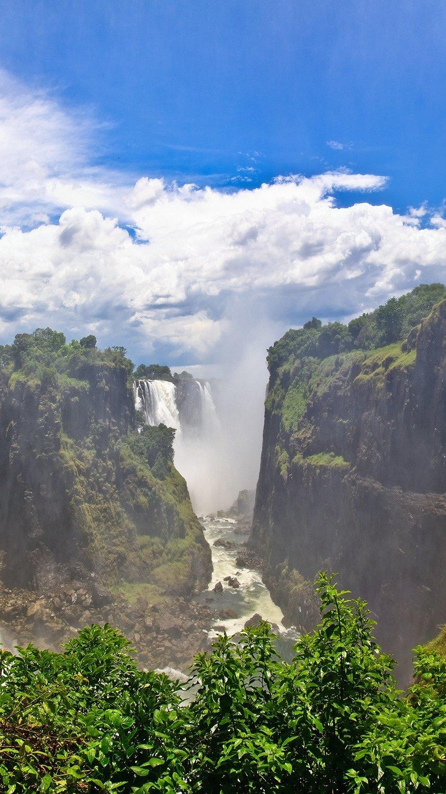 Wallpaper Victoria Falls in Zambia Vertical