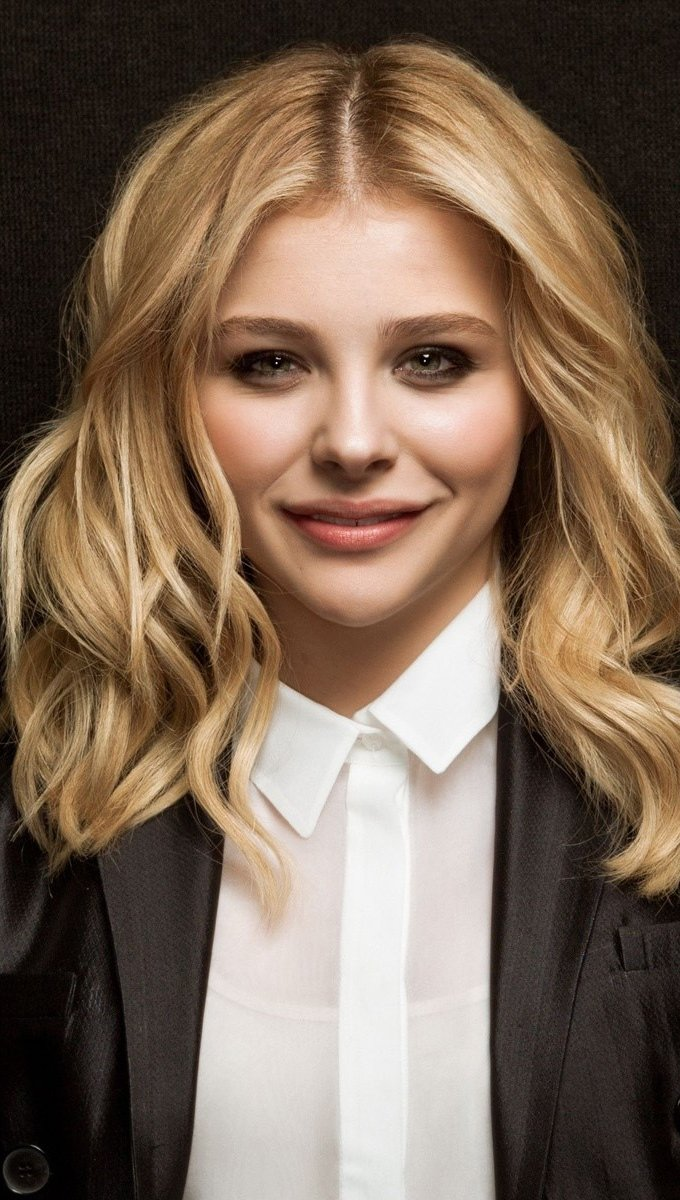 Wallpaper Chloe Moretz in a suit Vertical