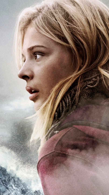 Fondos de pantalla Chloe Moretz en La quinta ola Vertical