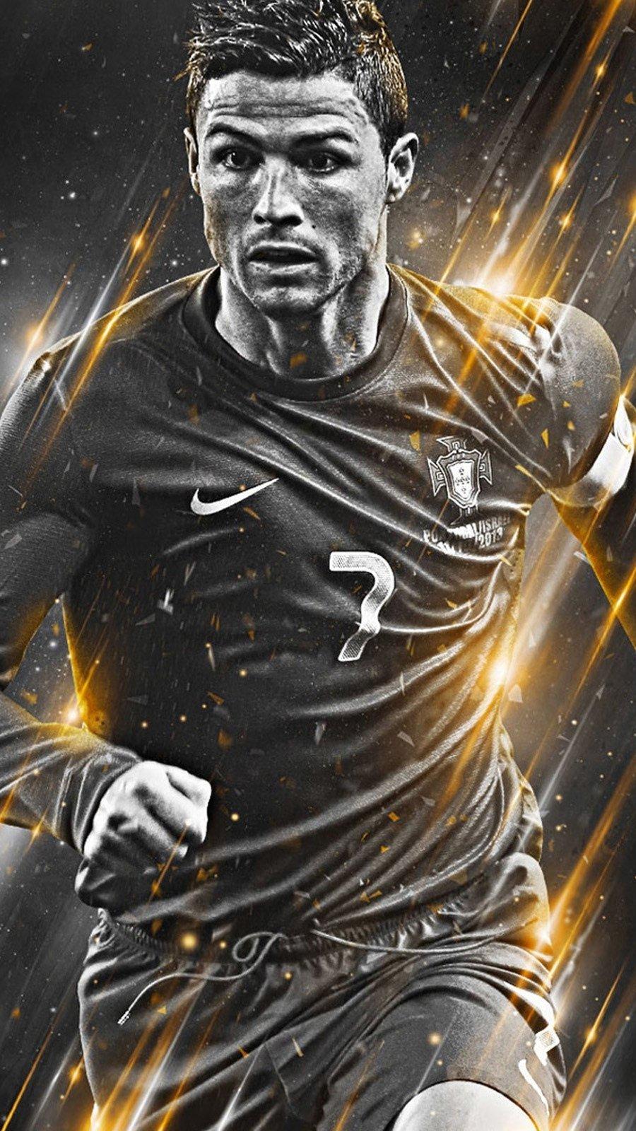 Wallpaper Cristiano Ronaldo playing Vertical