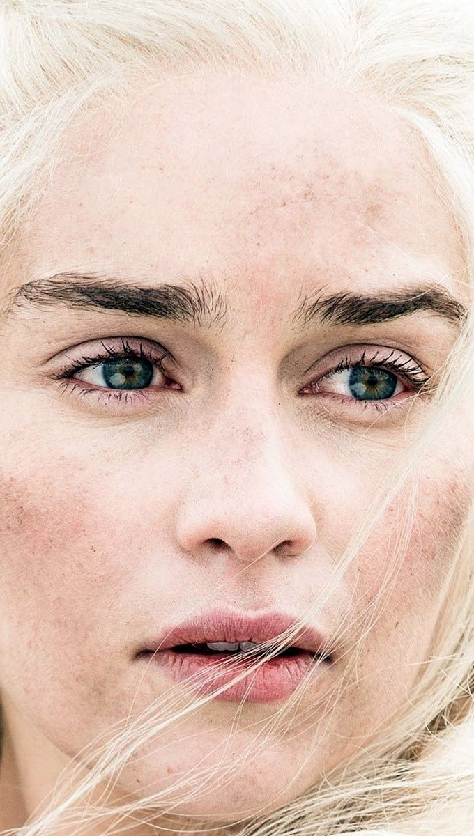 Wallpaper Daenerys Stormborn Vertical