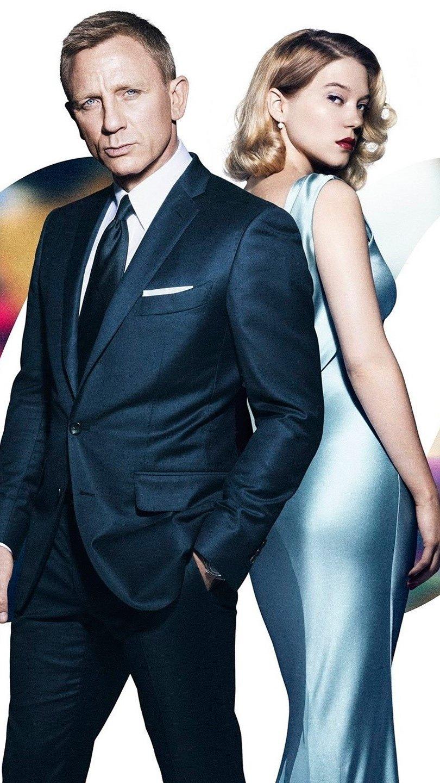 Wallpaper Daniel Craig and Léa Seydoux in Specter Vertical