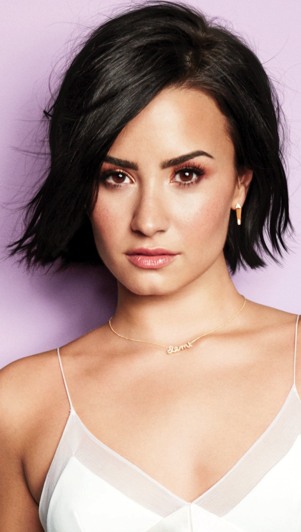 Wallpaper Demi Lovato with short hair Vertical