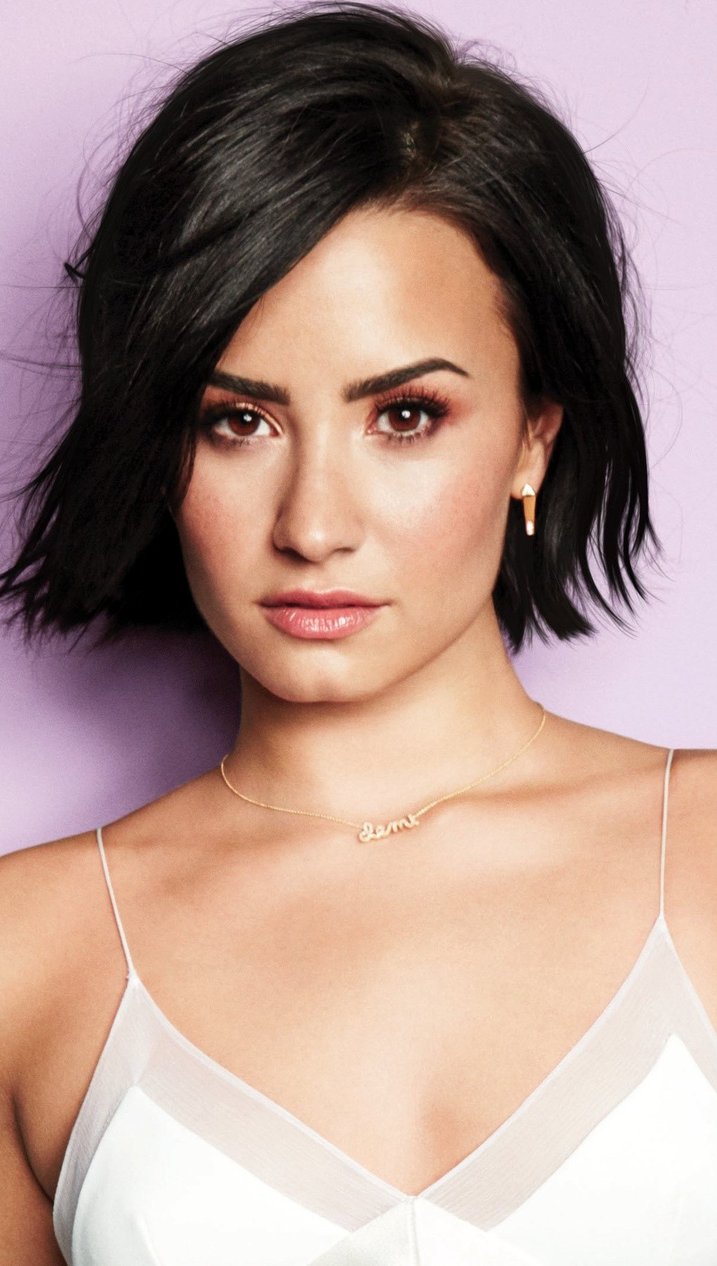 Wallpaper Demi Lovato is Cool for the summer Vertical