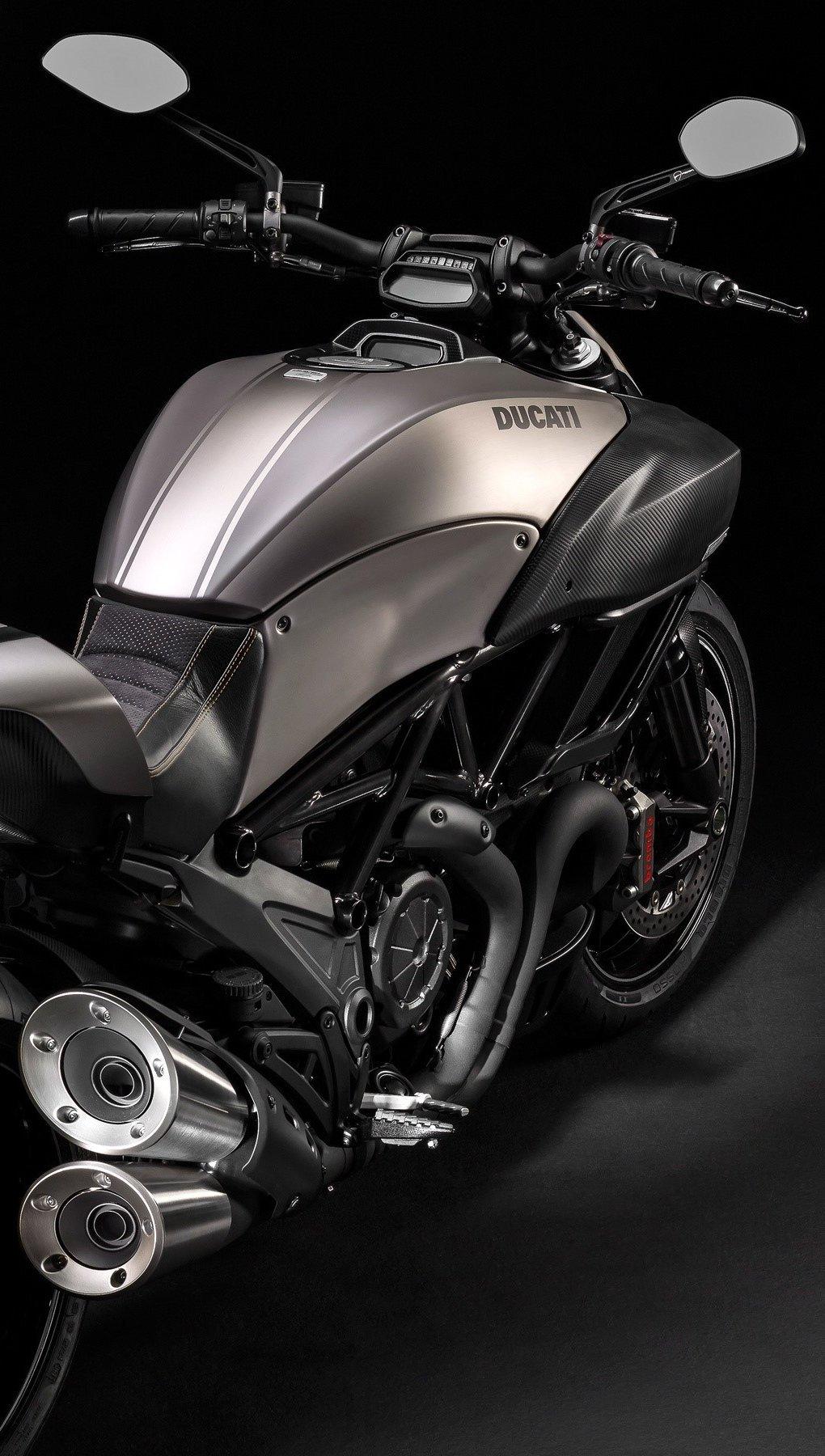 Wallpaper Ducati Diavel Titanium black Vertical