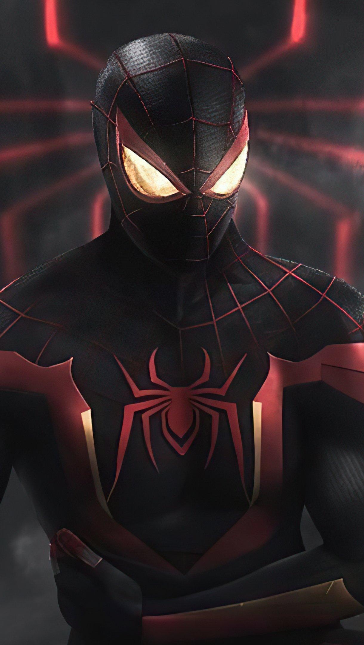 Fondos de pantalla El hombre araña con traje negro y rojo Vertical
