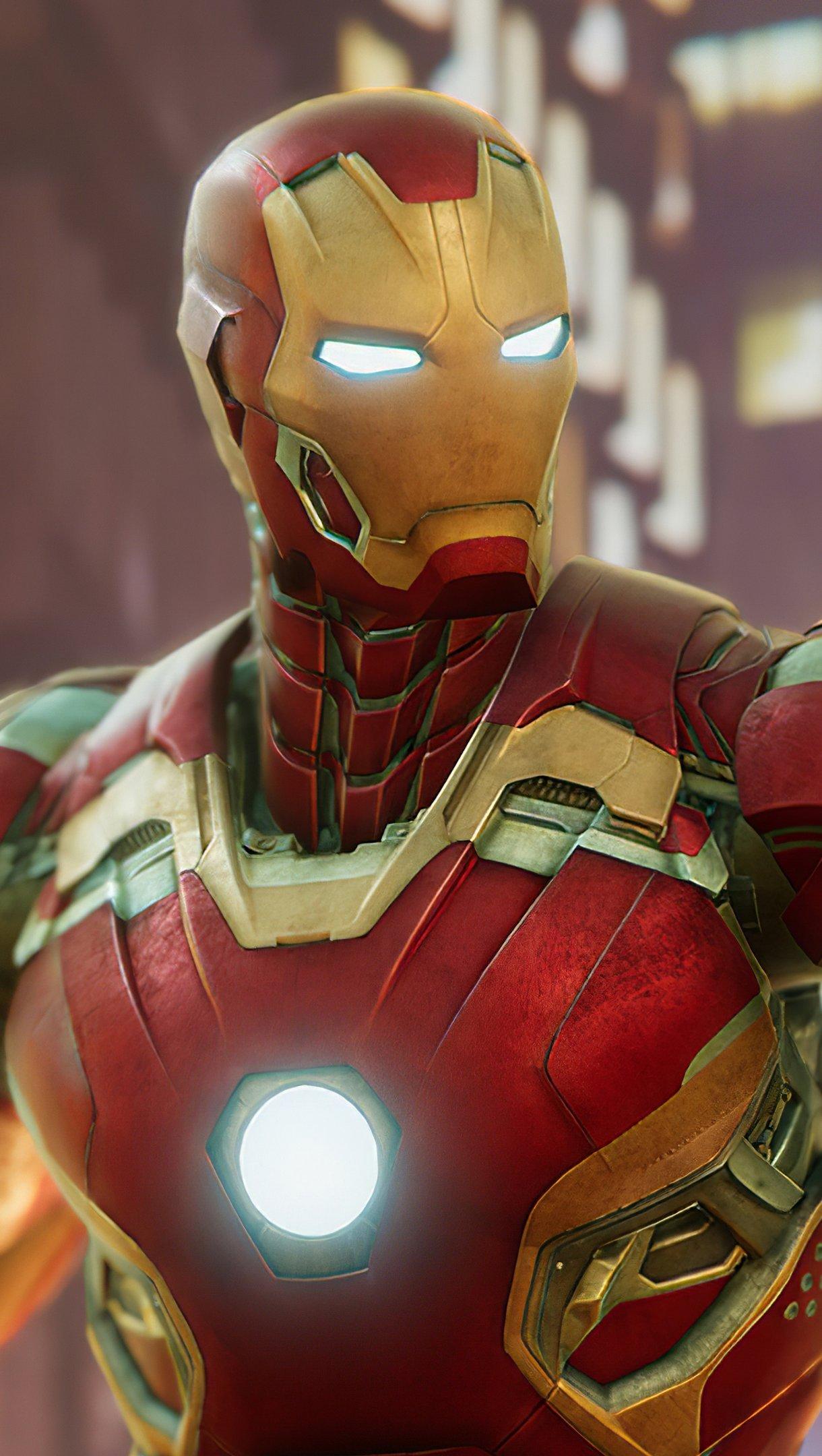 Wallpaper Iron Man Suit Vertical