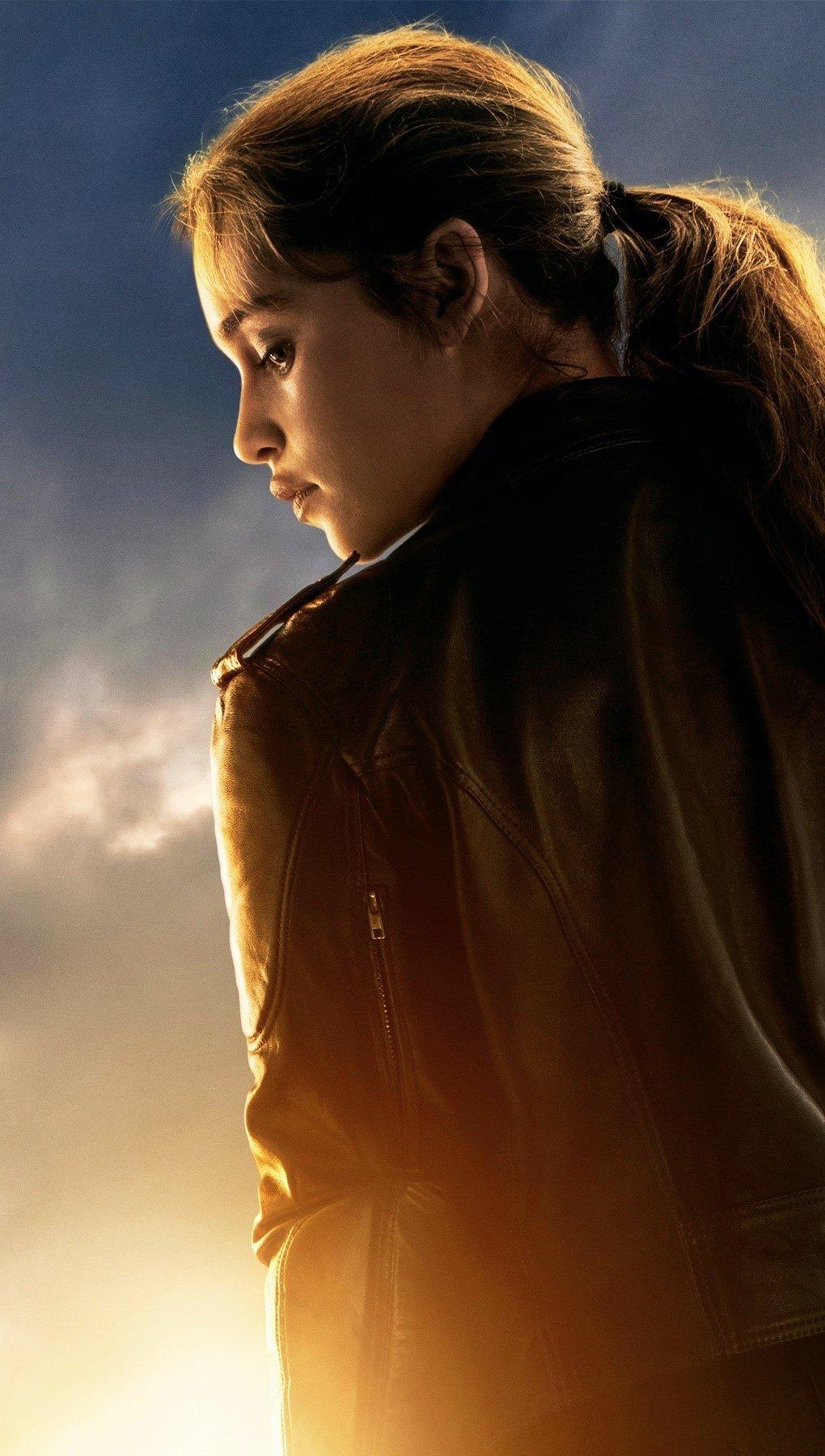 Wallpaper Emilia Clarke in Terminator Genesis Vertical