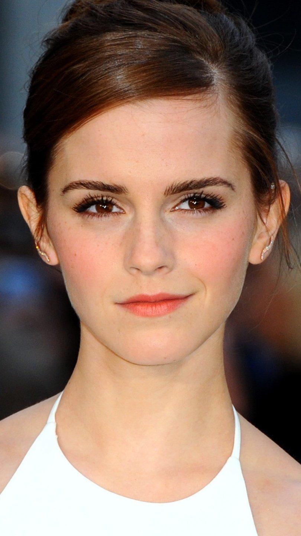 Wallpaper Emma Watson Vertical