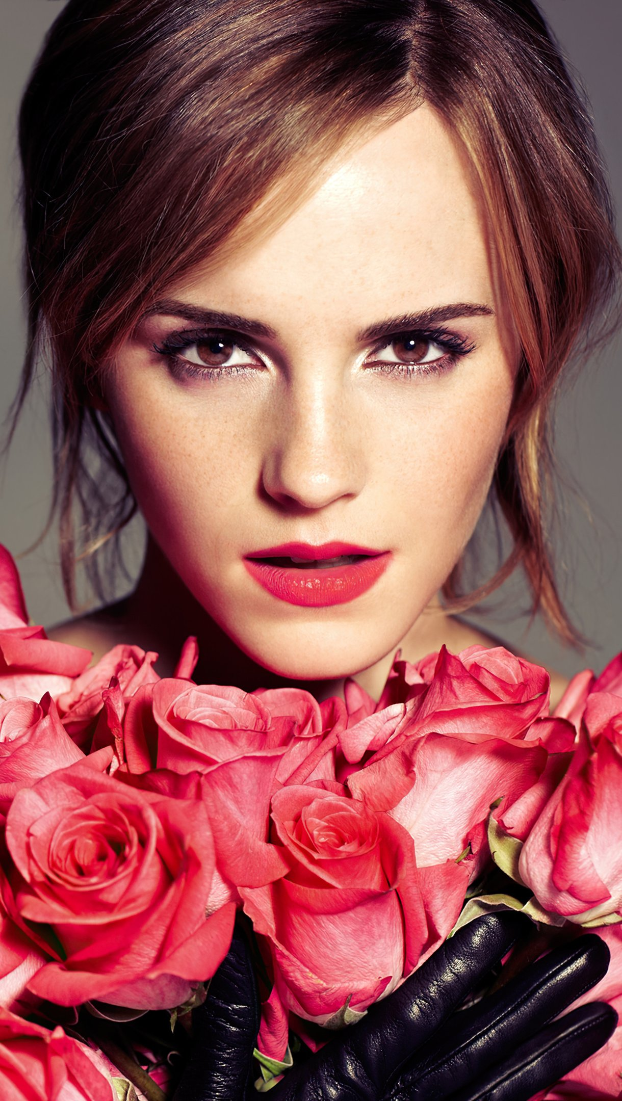 Wallpaper Emma Watson with  roses Vertical