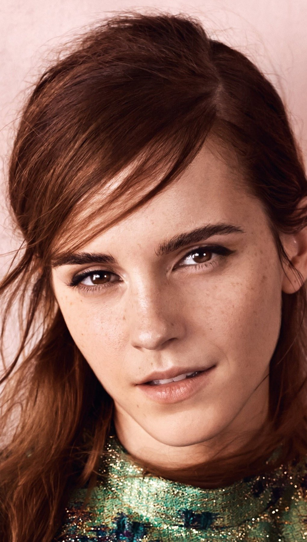 Fondos de pantalla Emma Watson de cerca Vertical