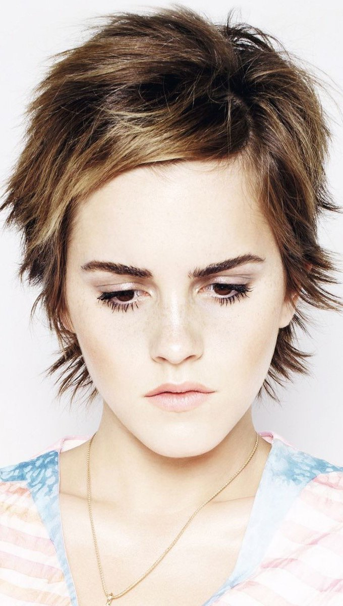 Fondos de pantalla Emma Watson mirando abajo Vertical