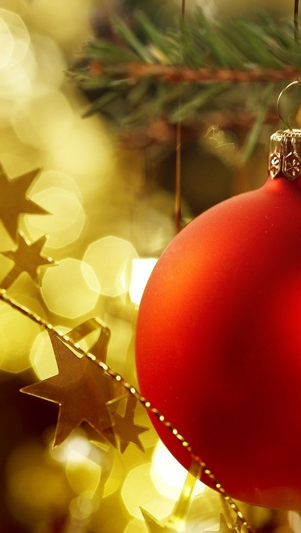 Wallpaper Christmas sphere with stars Vertical