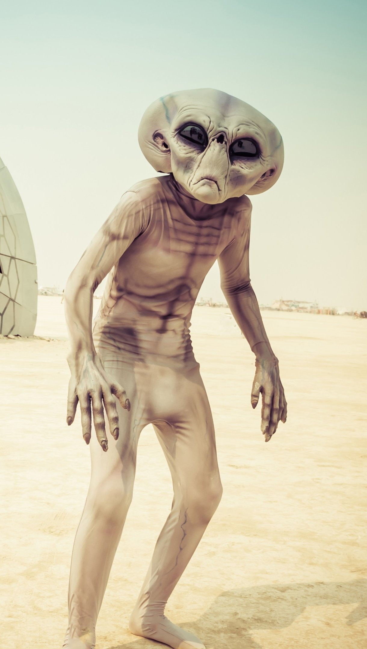 Wallpaper Alien in Nevada Vertical