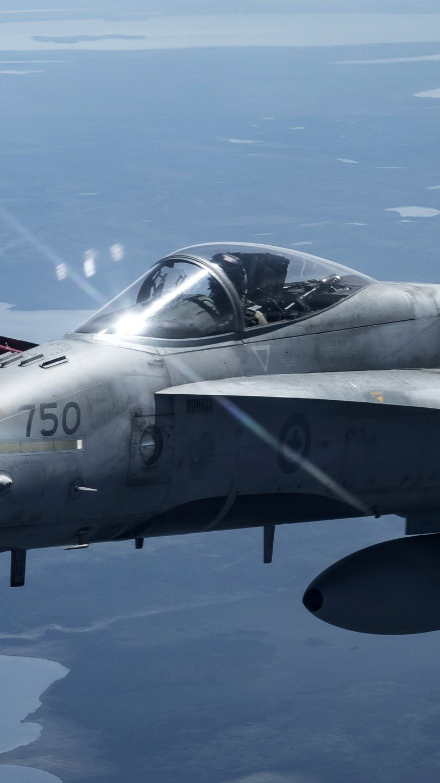 Fondos de pantalla FA 18 Hornet Supersonic Attack Aircraft Vertical