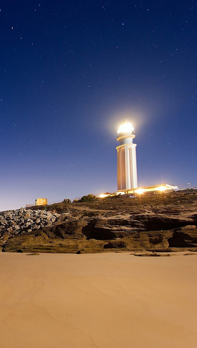 Wallpaper Lighthouse of Cape Trafalgar Vertical