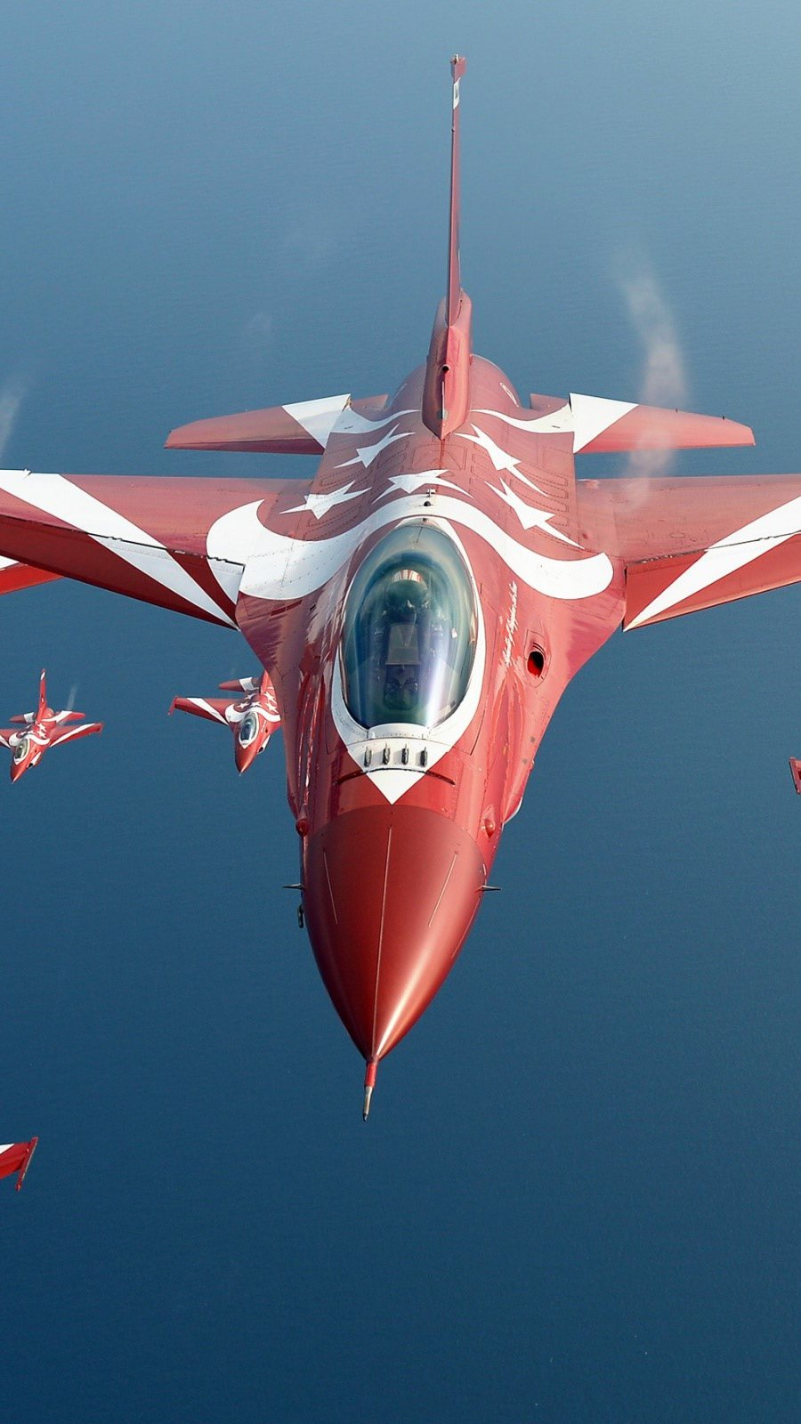 Wallpaper General Dynamics F16 Fighting Falcon Jet Fighter Vertical