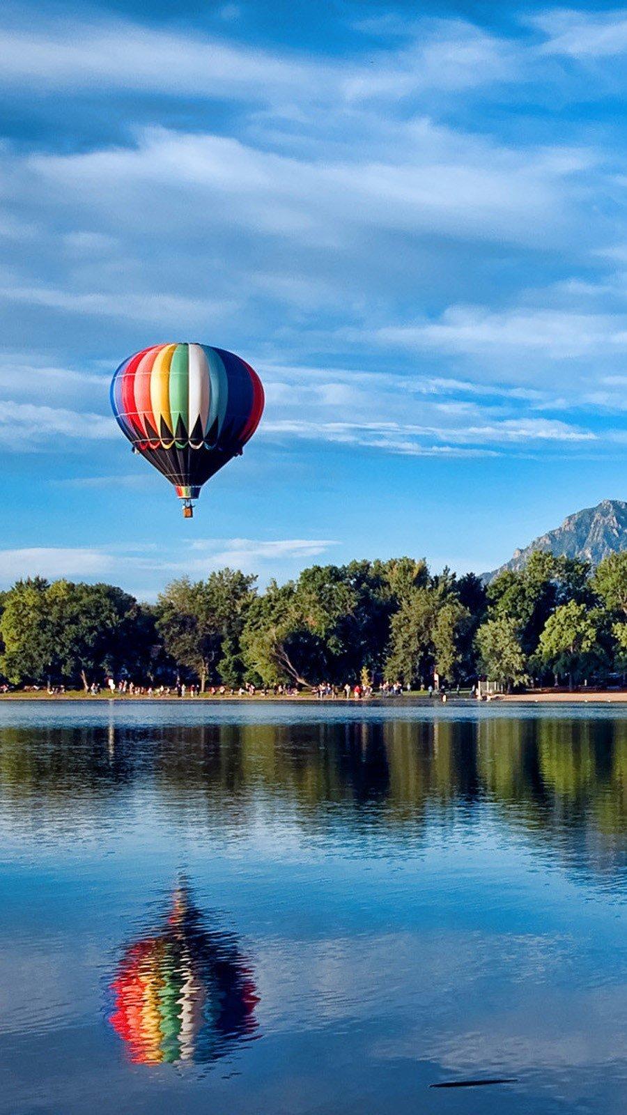 Wallpaper Hot air balloons in Colorado Vertical