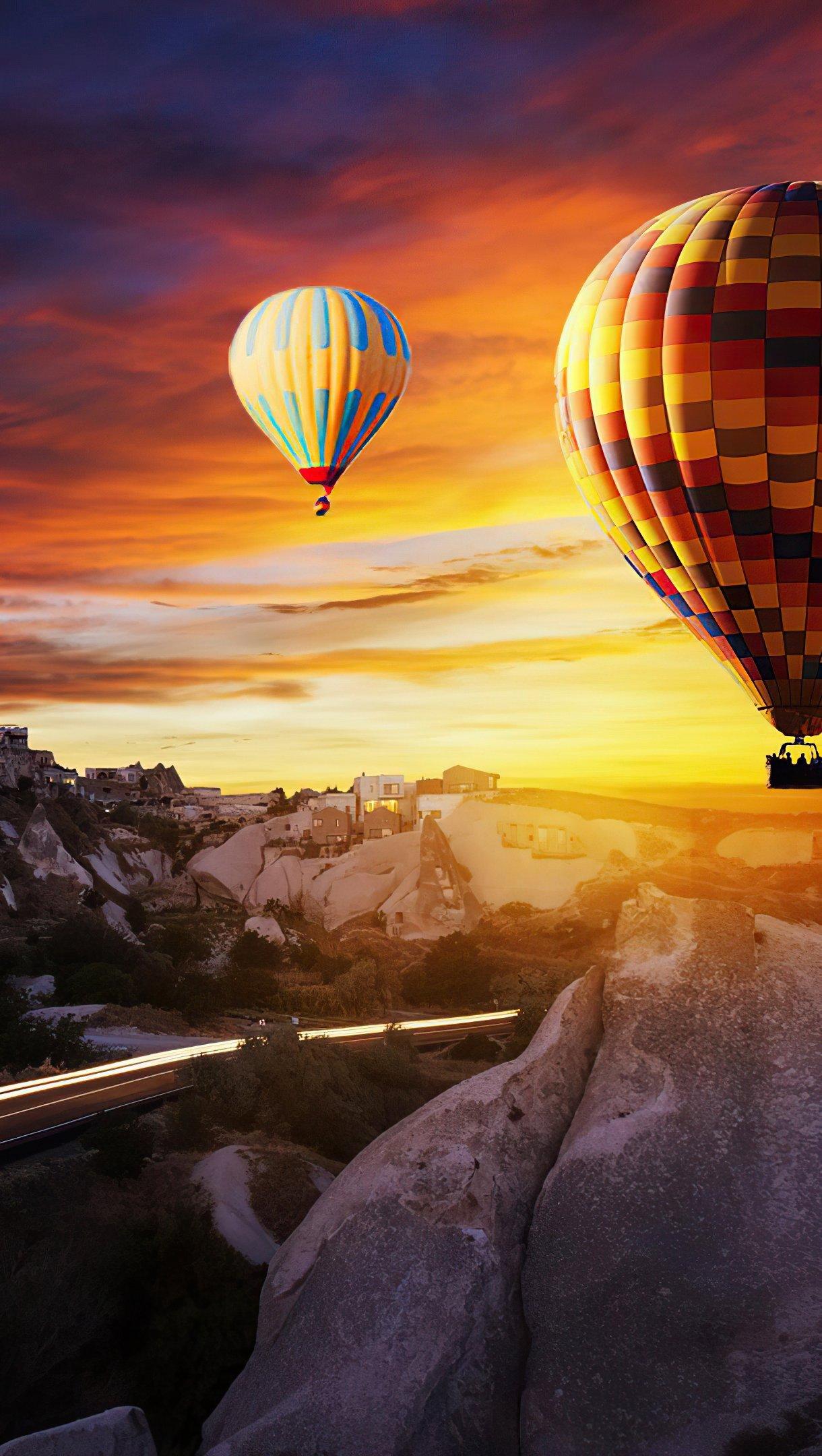 Wallpaper Hot air ballons over Goreme Vertical