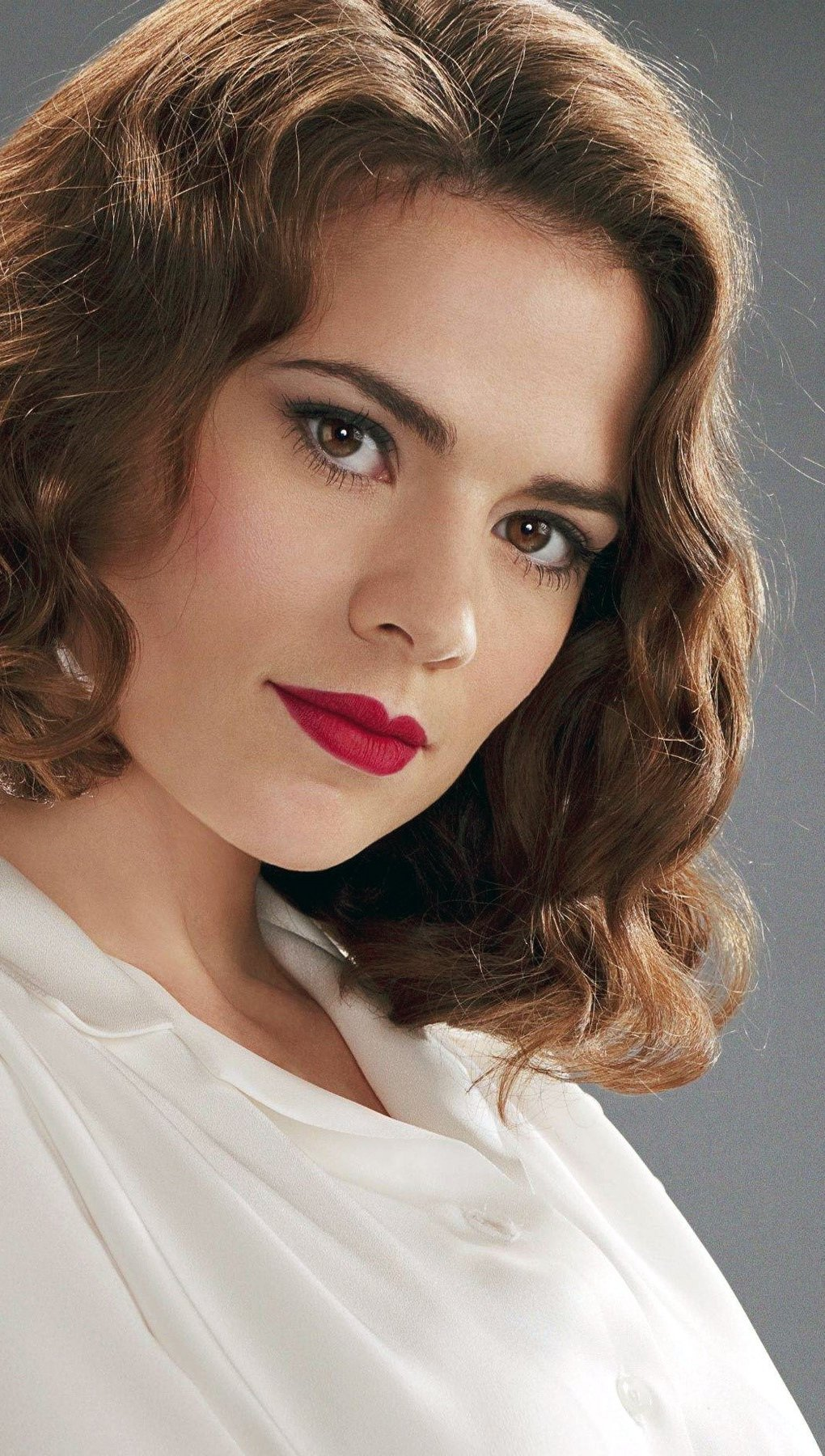 Wallpaper Hayley Atwell as Peggy Carter Vertical