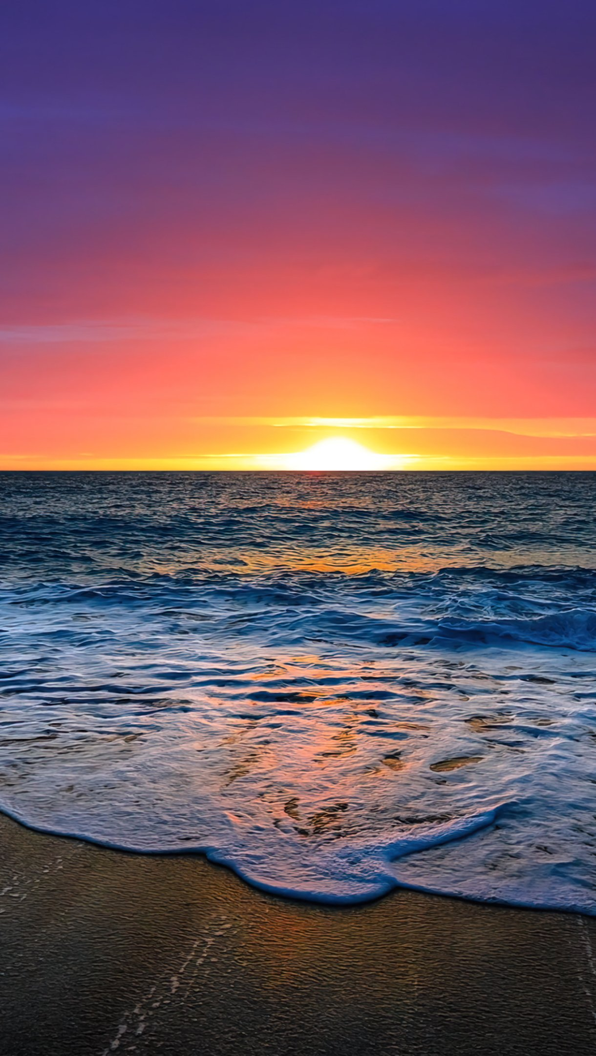 Wallpaper Beautiful sunset at the beach Vertical