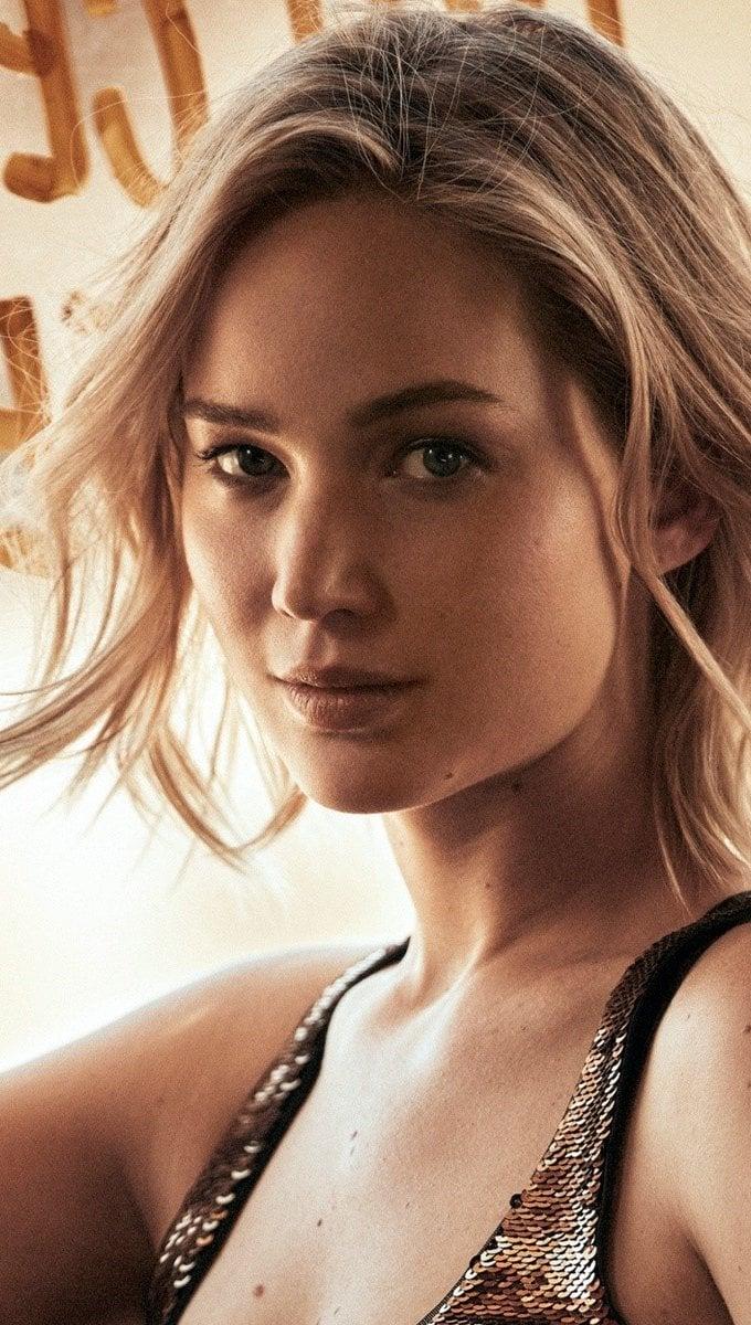Wallpaper Jennifer Lawrence short hair Vertical
