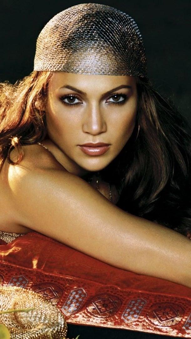 Wallpaper Jennifer Lopez with flowers Vertical