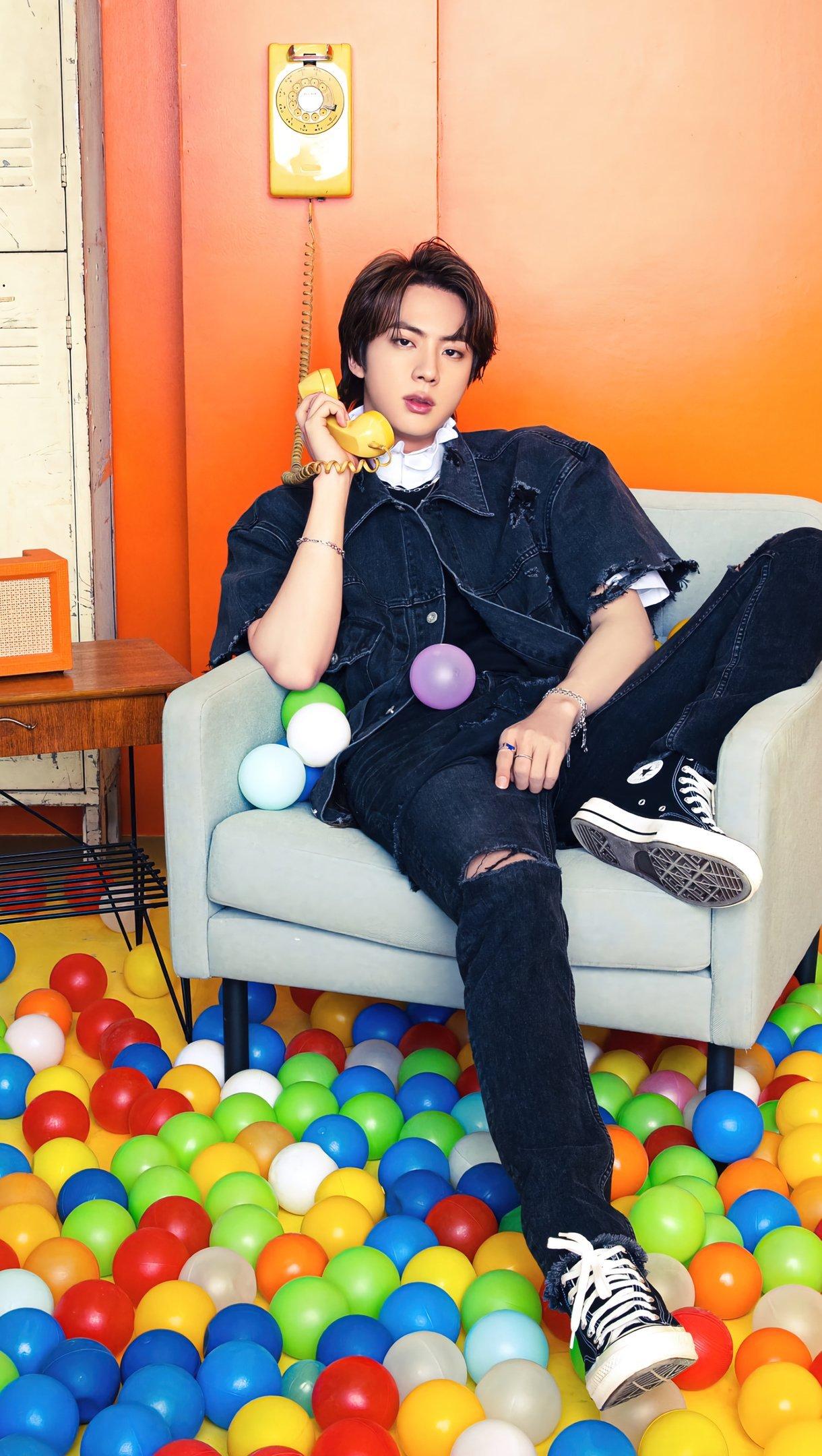 Fondos de pantalla Jin de BTS con telefono Vertical