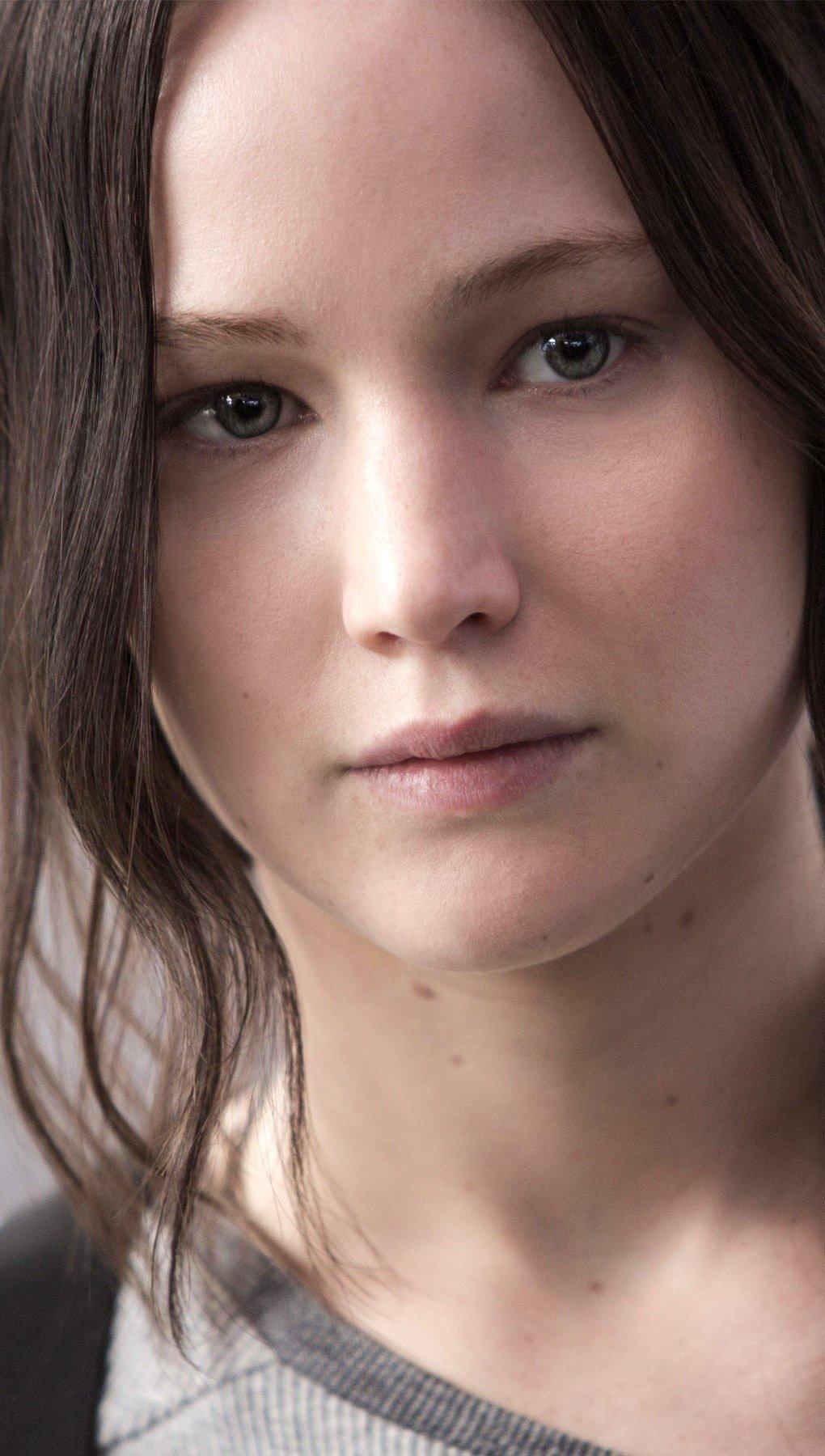 Wallpaper Katniss Everdeen in Mockingjay Vertical