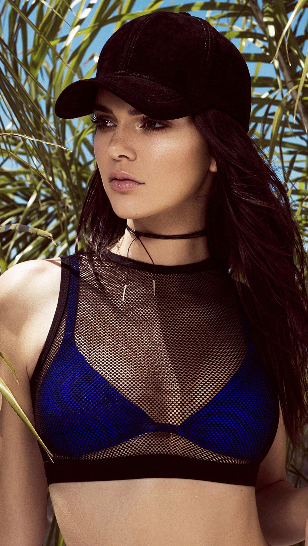 Fondos de pantalla Kendall Jenner en la playa Vertical