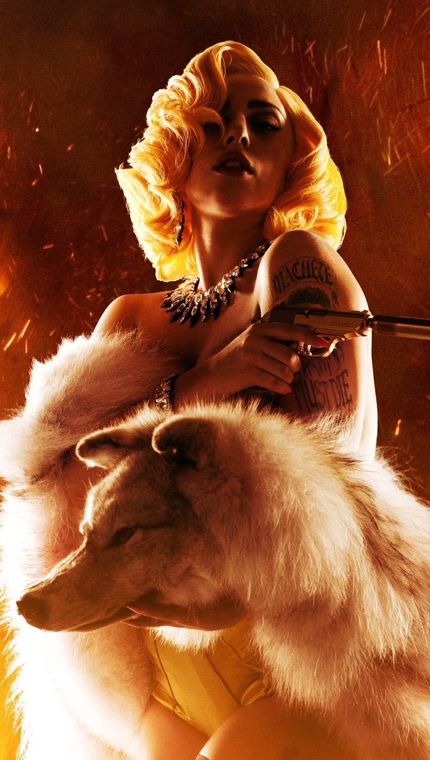Fondos de pantalla Lady Gaga en Machete Kills Vertical