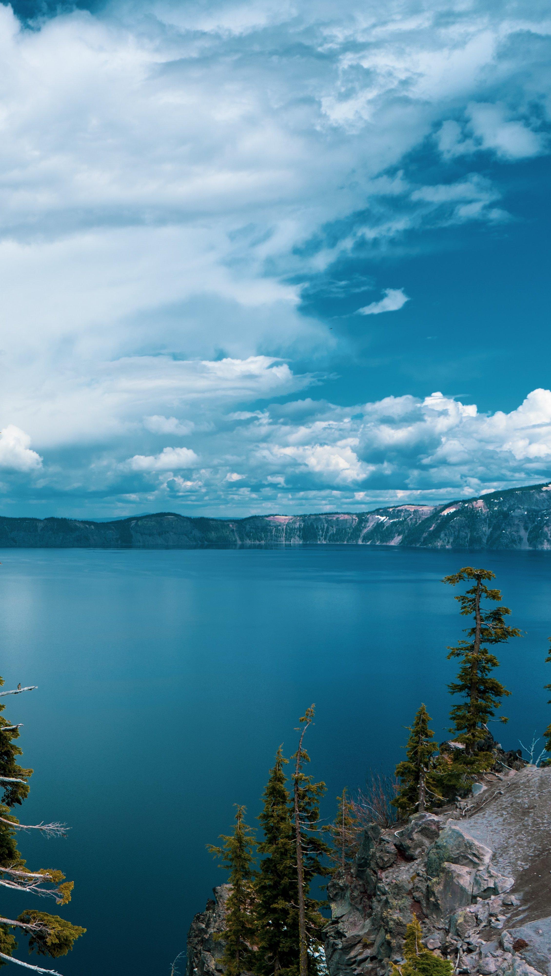 Fondos de pantalla Lago Crater en Oregon Vertical