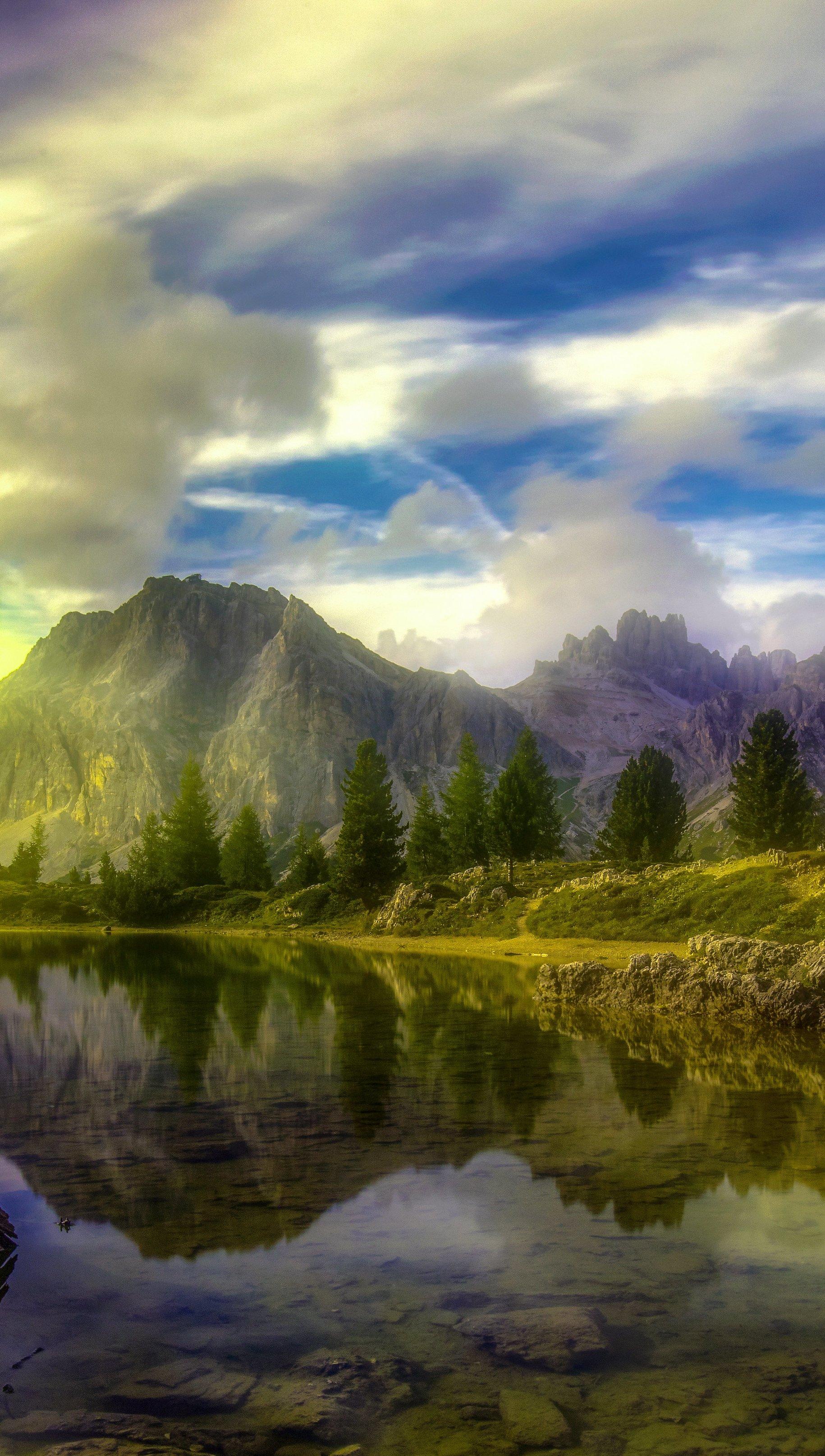 Fondos de pantalla Lago Dolomitas Vertical