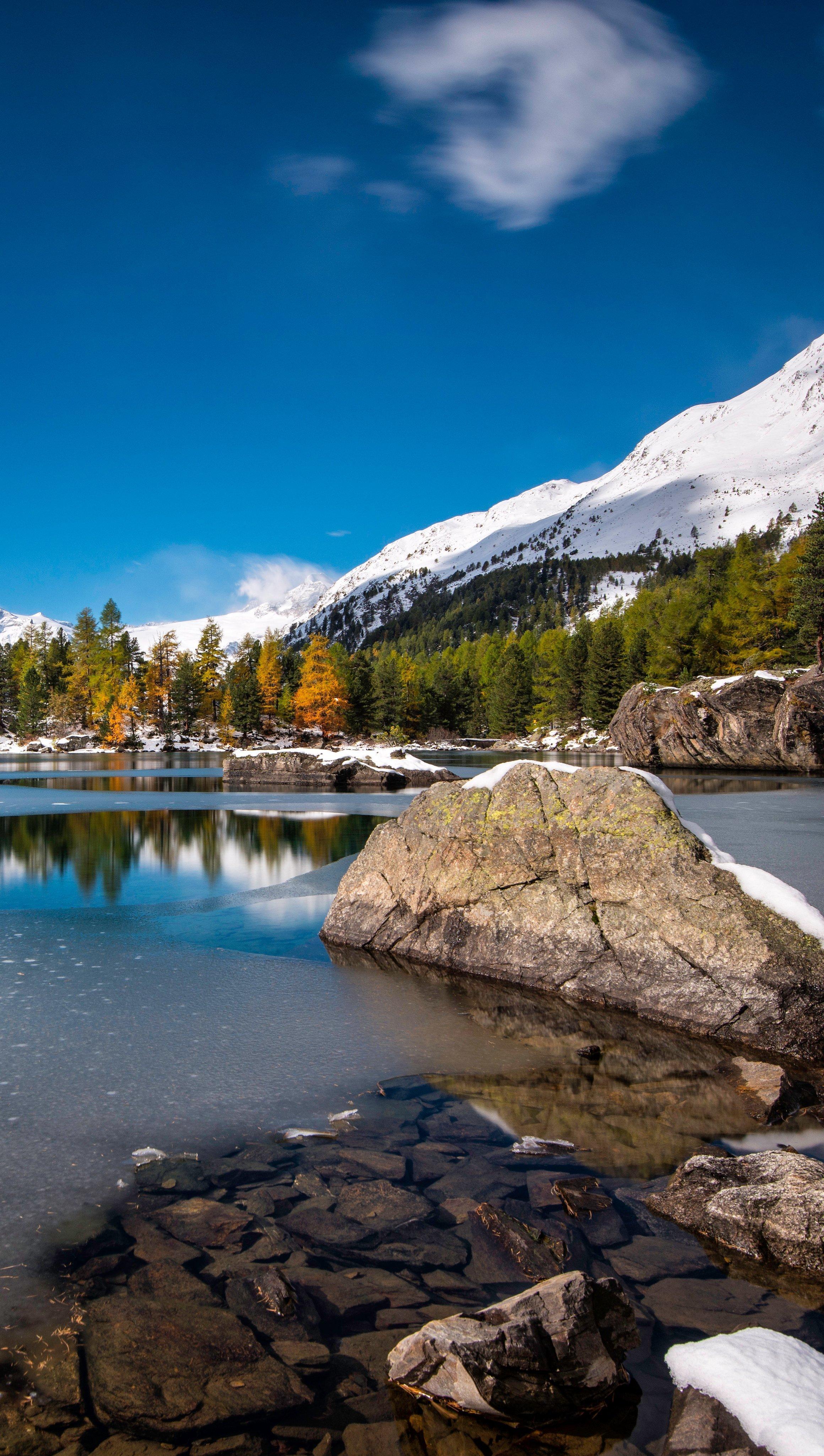 Fondos de pantalla Lago Lagh Da Saoseo en Suiza Vertical