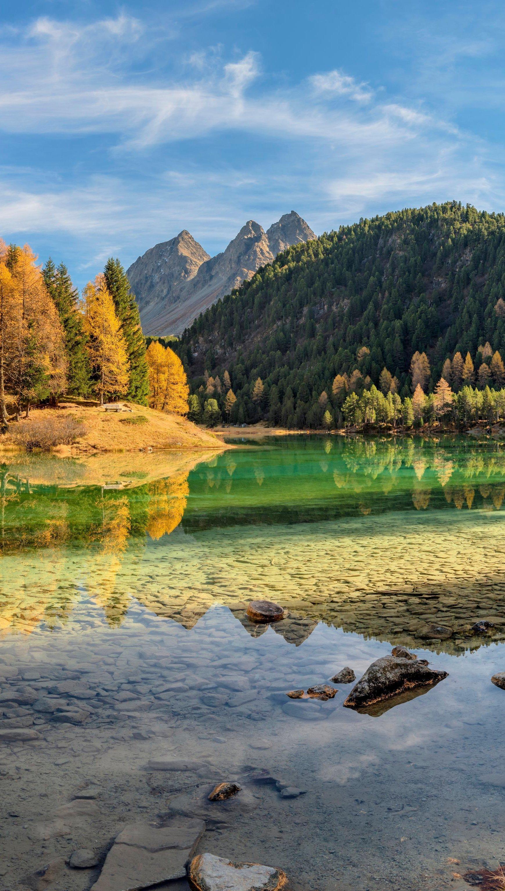 Fondos de pantalla Lago Lai da Palpuogna en Suiza Vertical