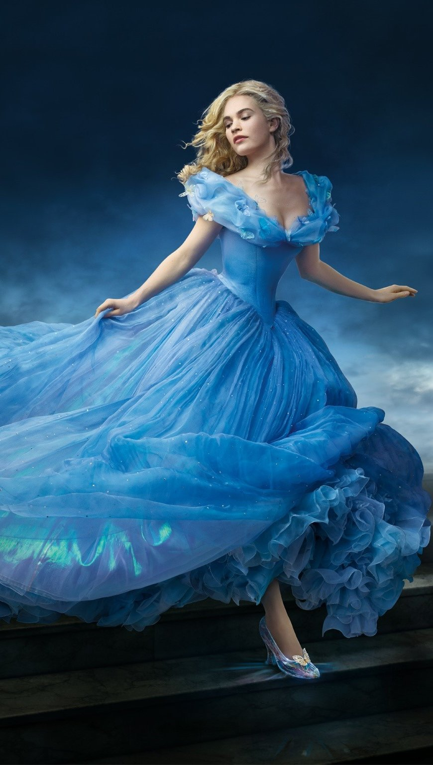 Wallpaper Lily James as Cinderella Vertical